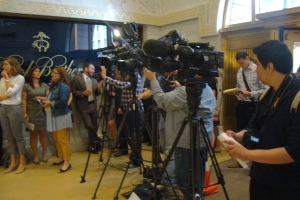 Reporters filled the room to hear Illinois leaders discuss the federal Clean Power Plan